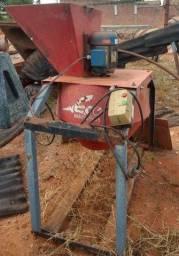 Título do anúncio: misturador de solo esteiras