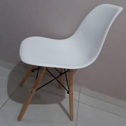 Cadeira Charles Eams Eiffel