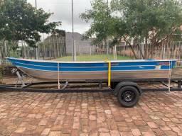 Barco de alumínio 5 metros e reboque para transporte de 6 metros