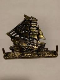 Porta chaves Caravela - chaveiro de parede em ferro