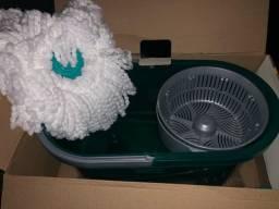 Mop giratório com balde em microfibra