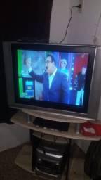 """Vendo tv Panasonic 29"""" por 200 reais"""