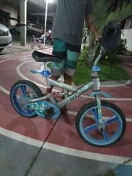 Título do anúncio: Bicicleta bem conservada