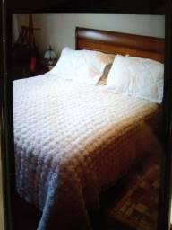 Colcha de Fuxico branca com pérola feita a mão nunca usada para cama queen casal