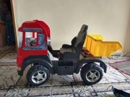 Caminhão truck com pedal manual ( usado)