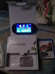 PS Vita na caixa  completo!!
