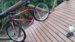 Vendo bicicleta nova só abri pra vê como é