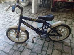 Bicicleta masculina de criança