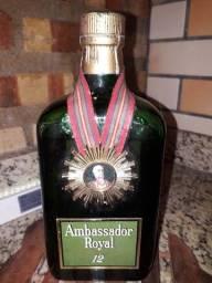 Antigo  Whisky Ambassador Royal 12anos