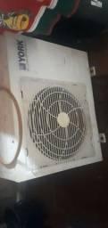 Um ar condicionado York funciona pft