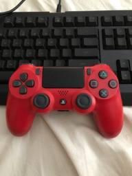 Controle PS4 original,sem defeitos e todos os botões funcionando perfeitamente.