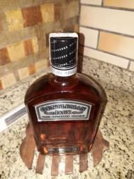 GENTLEMAN JACK RARE TENNESSEE WHISKY 1.000L 750ML.
