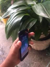 Vendo iPhone 7 32 GB Cor Preto em perfeito estado !