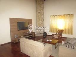 Casa para alugar com 4 dormitórios em Alpes dos araçás (jordanésia), Cajamar cod:132