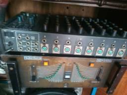 Potencia com mesa de som