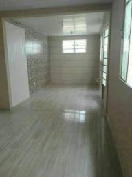 Casa no bairro Capão raso com 02 dormitórios