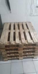 Paletes ( Pallets ) de madeira eucalipto 1,2m x 1,0m, com 15cm espessura