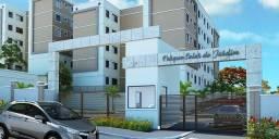 Alugo Apartamento 2/4, 3º Andar, Nascente, Rotatória de Vida Nova, Lauro de Freitas-BA