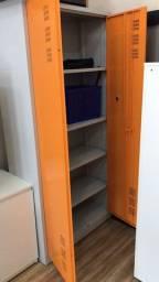 Armário de metal 2 portas