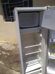 geladeira 220v