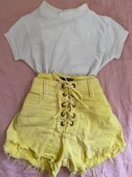 Short amarelo