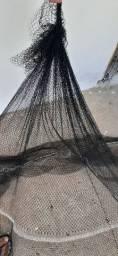 rede de pesca para camarão siri e peixes.