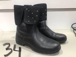 Vendo calçados infantis menina