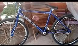 Bike nova sem uso. APENAS TIREI DA CAIXA E MONTEI.