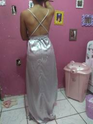 Vestido cetim prata