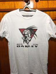 Camiseta Oakley medusa