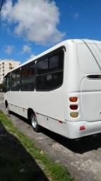 Micro ônibus Mercedes Benz