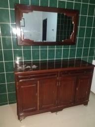 Balcão com espelho