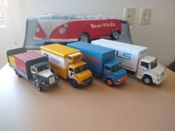 Miniaturas - Caminhões Brasileiros de Outros Tempos