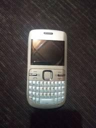 Nokia C3 usado