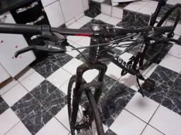 Venda de bicicleta linda nova.