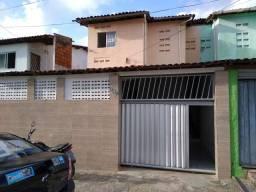 Alugo casa em Mangabeira