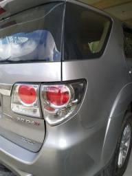 Toyota Hilux Sw4 2015 7 lugares a diesel, top de linha