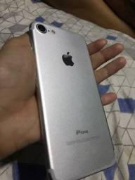 IPhone 7 128 gb 2000