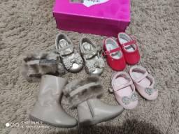 Lote de sapados infantis