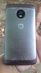 Vende-se Motorola G5 normal