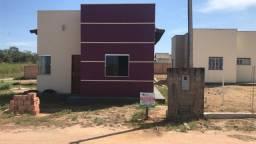 Vende se Casa de esquina no Santa Cecilia com 2 quartos na Lage apta a financiamento