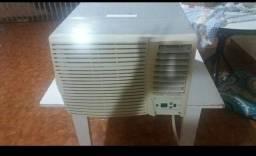 Vendo ar condicionado 7.500 btus só 150 reais