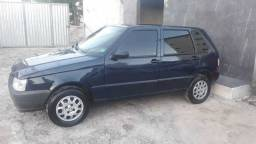 Fiat uno 2005/6 com ar e 4 portas