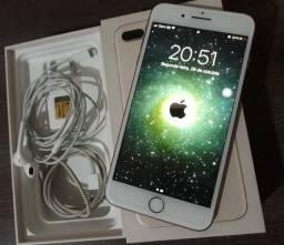 Vende-se IPhone 8 Plus Ótimo estado de conservação!
