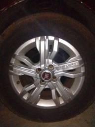 5 Rodas 15 FIAT ADVENTURE com Pneu 205/70 Pirelli TR