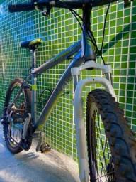 Bike Endorphine toda no alumínio pouco usada