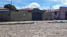 Casa no Lourival Parente de 300m²