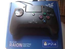 Controle fightpad ps4 Razer