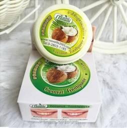 Clareamento Naturaal dos Dentes - CocoNut ToothPaste