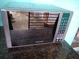 Microondas Eletrolux 31 litros inox espelhado